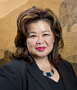 Beverly Yee is one of Connecting Water Resources 2015 Speakers